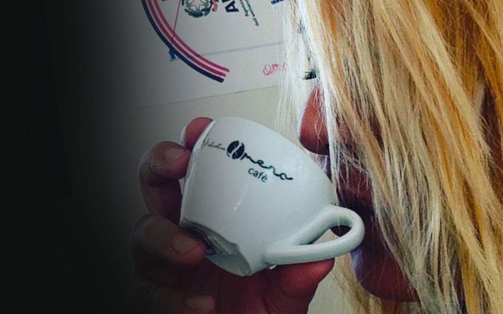 tazza-da-caffè-personalizzata-con-logo