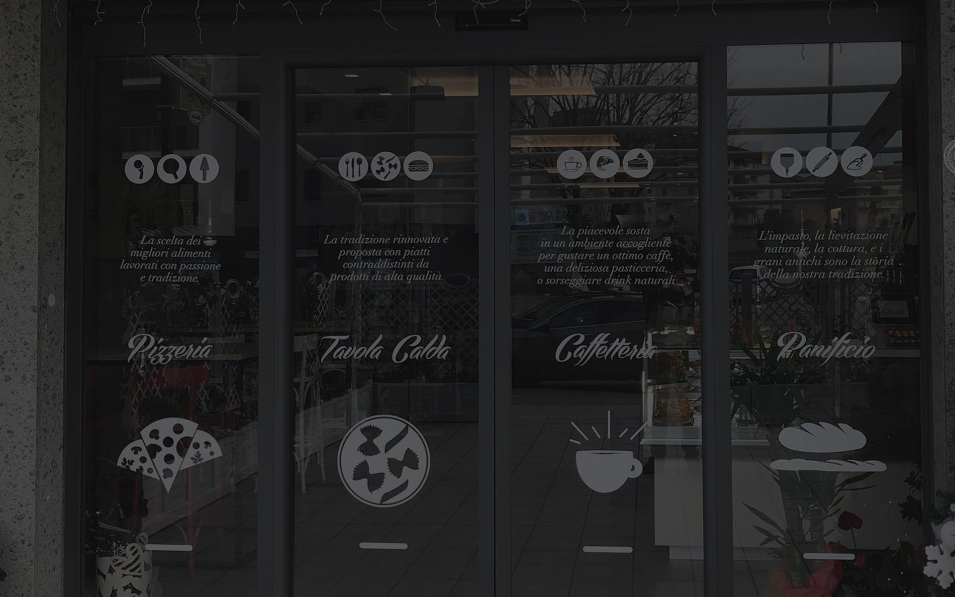 personalizzazione brand identity e logo-su-vetro